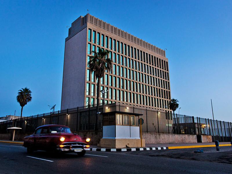 """Куба назвала заявления США об """"акустических атаках"""" клеветой и """"научной фантастикой"""""""