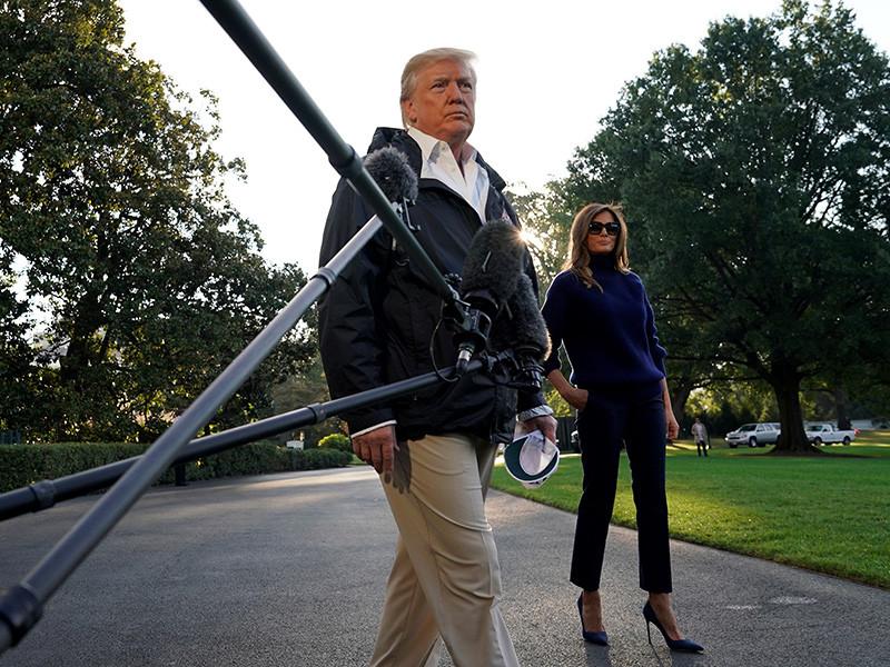 """Дональд Трамп назвал """"больным и сумасшедшим"""" пенсионера Стивена Пэддока, который убил почти 60 человек и сотни ранил во время фестиваля кантри в Лас-Вегасе"""