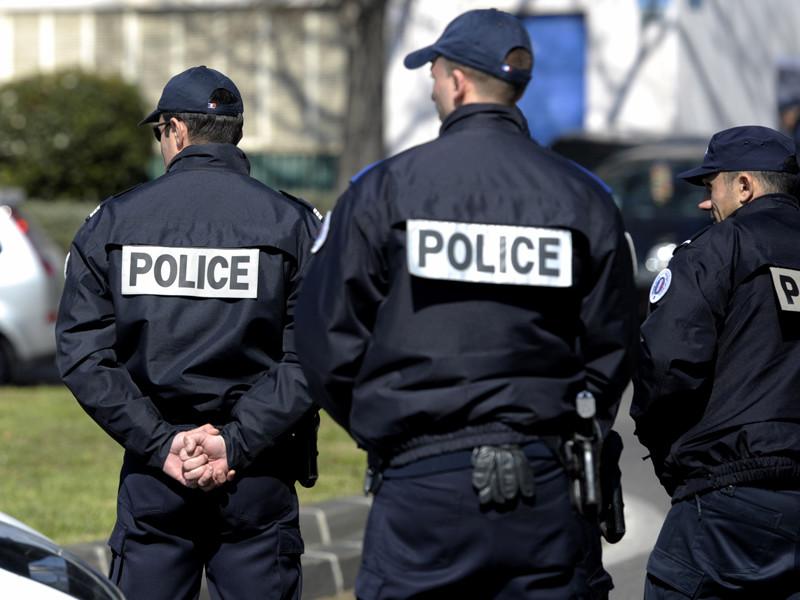 На вокзале Марселя застрели мужчину с ножом