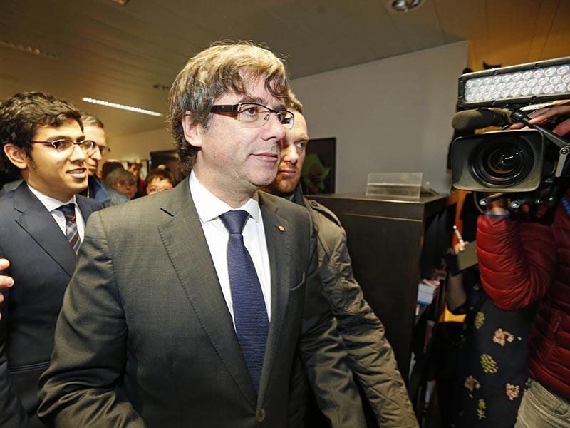 Лидер Каталонии Карлес Пучдемон, отстраненный от власти правительством Испании и уехавший после этого в Бельгию, заявил, что не собирается просить Брюссель о предоставлении ему политического убежища