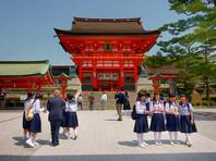 В Японии школьница-шатенка подала в суд из-за требований быть брюнеткой