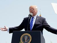 Президент США Дональд Трамп заявил, что сейчас не время обсуждать контроль за оружием
