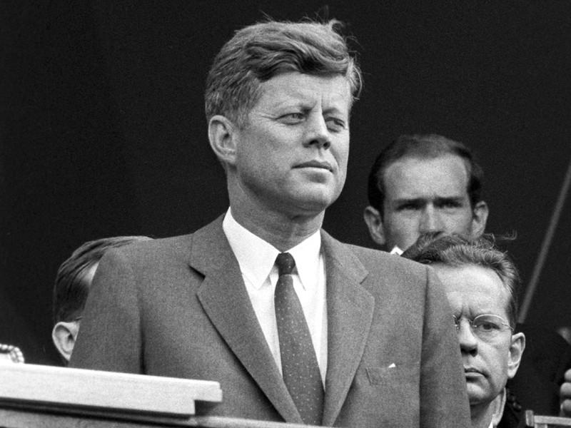 """""""Шок и испуг"""": США рассекретили документы спецслужб о реакции СССР на убийство Кеннеди"""