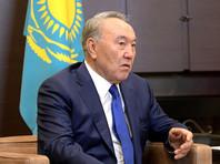 Президент Казахстана Нурсултан Назарбаев поручил своим советникам подготовить к изданию указ об утверждении проекта казахского алфавита, основанного на латинской графике