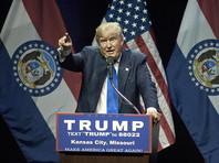Трамп, тем временем, уже заявил, что предъявленные Манафорту обвинения не имеют никакого отношения к его избирательной кампании