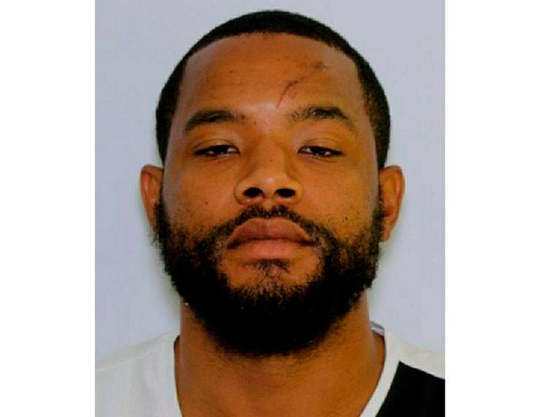 37-летний темнокожий мужчина по имени Ради Лабиб Принс был задержан в городе Ньюарк (штат Делавэр) через несколько часов после стрельбы
