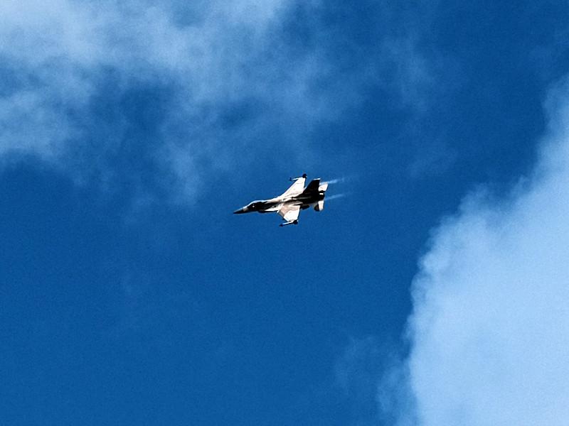 ВВС Израиля ликвидировали не менее 12 членов связанной с ИГ* группировки на юге Сирии