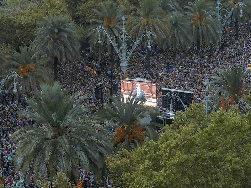 МИД Испании разгадал хитрость главы Каталонии
