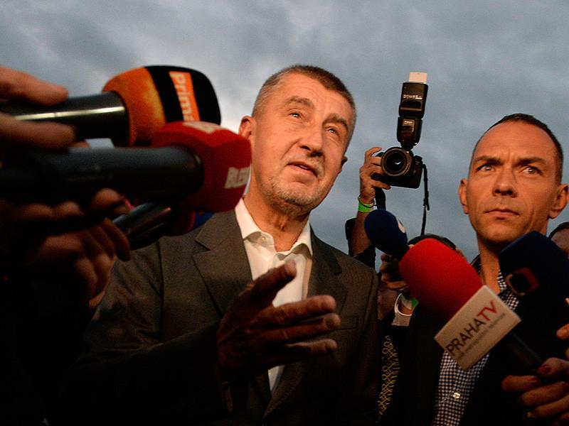 В Чехии на выборах победили популисты, обещающие покарать коррупцию. Их лидер под следствием