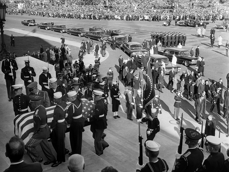 В новой партии рассекреченного архива по делу Кеннеди нашли упоминание о покушении на Кастро