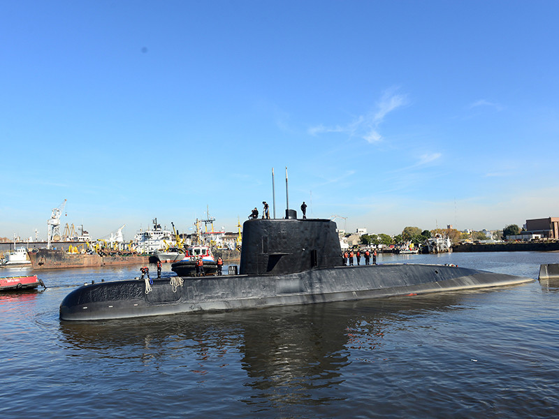 Аргентинские моряки уловили сигналы с пропавшей подлодки