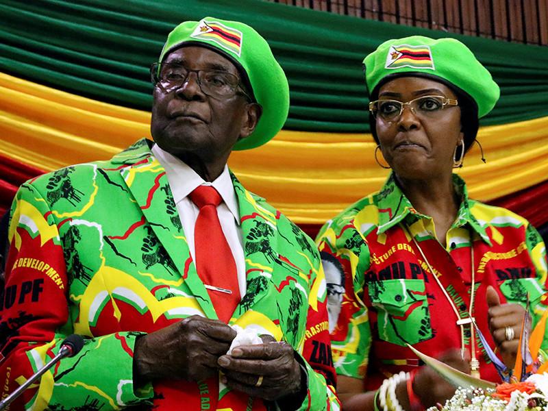 """""""Танцующая"""" революция в Зимбабве: Роберта Мугабе лишают президентского поста"""