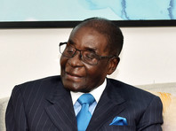 Мугабе впервые после захвата власти военными в столице Зимбабве показал себя стране