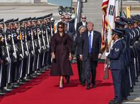 """Трамп прибыл в Южную Корею, где его попытаются задобрить """"дипломатическими"""" креветками"""