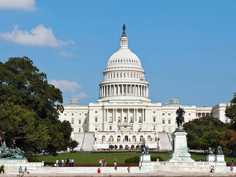 Палата представителей одобрила налоговую реформу Трампа. В сенате ждут драмы