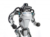 Boston Dynamics научила робота делать сальто (ВИДЕО)