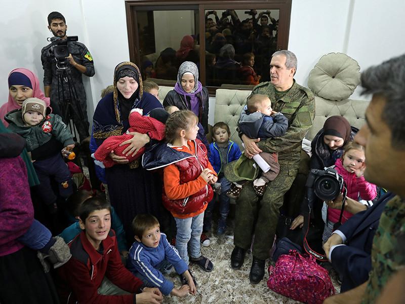 Сирийские курды выдали Чечне женщин и детей боевиков ИГ*