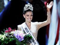 """Представительница Южно-Африканской Республики стала победительницей конкурса """"Мисс Вселенная"""", завершившегося вечером в воскресенье, 26 ноября, в американском Лас-Вегасе (штат Невада). 22-летняя Деми-Ли Нель-Питерс помогает обучать женщин самообороне"""