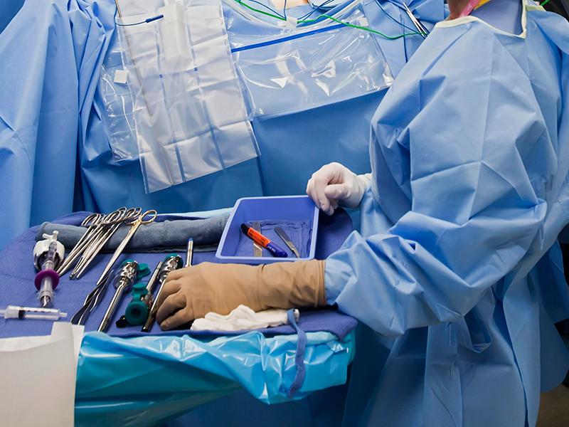 В Китае медики провели первую в мире успешную операцию по пересадке человеческой головы