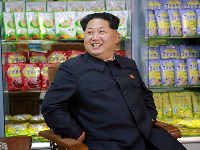 """Трамп рассказал о потенциальной дружбе с Ким Чен Ыном: """"Я бы никогда не назвал его толстым и низеньким"""""""