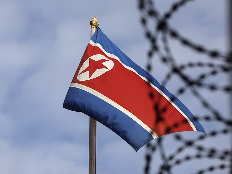 Опубликовано видео стрельбы по бегущему из КНДР солдату