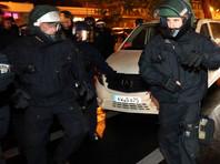 В Германии 15 полицейских получили травмы при разгоне митинга курдов