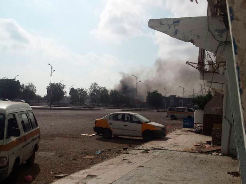 """Террористическая группировка """"Исламское государство""""* взяла на себя ответственность за нападение на отделение полиции на юге Йемена"""