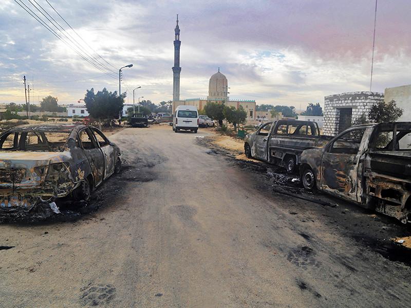 Число жертв нападения на мечеть на севере Синайского полуострова в Египте выросло до 305 человек