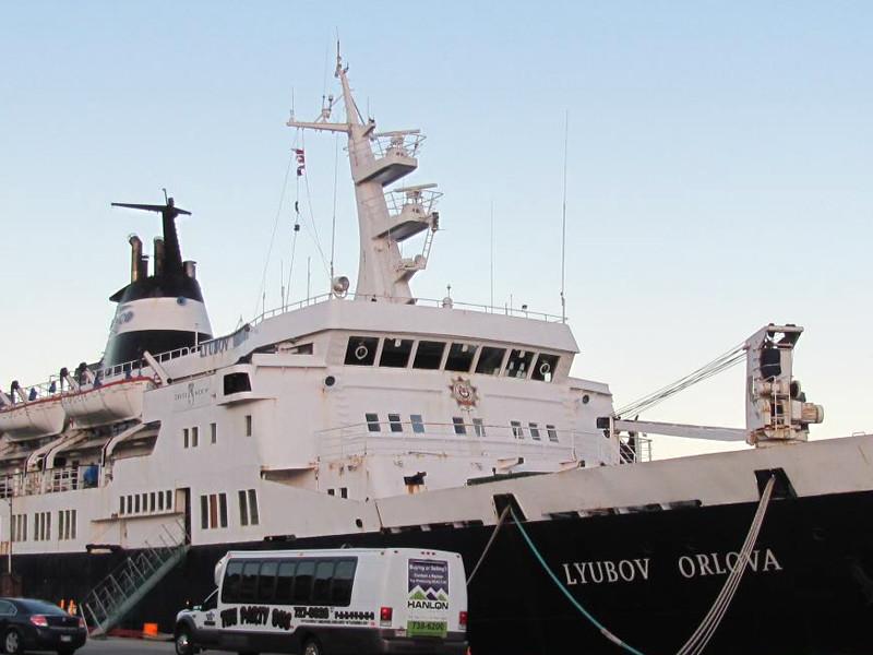 """В РАН опровергли догадку британских газет о находке лайнера """"Любовь Орлова"""" на калифорнийском побережье"""
