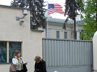 В посольствах США в странах СНГ образовались большие очереди за визами из-за наплыва россиян