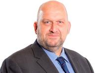 Экс-министр правительства Уэльса покончил с собой после обвинений в сексуальных домогательствах