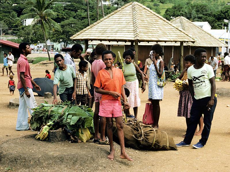 В Папуа - Новой Гвинее нашли пропавшего британского путешественника - он болен