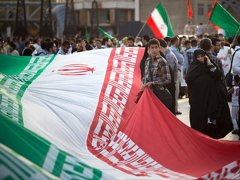 Иранские СМИ сообщили о многотысячных демонстрациях в поддержку властей страны