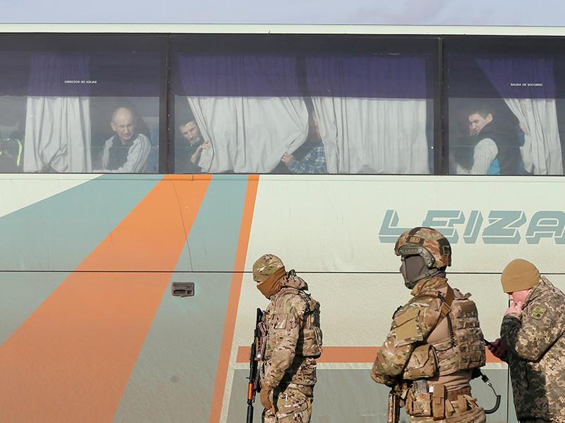 """Обмен военнопленными между Украиной и Донбассом проходит не по обещанной формуле """"306 на 74"""", а по """"237 на 74"""""""