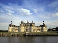 Президента Франции обвинили в оторванности от народа из-за празднования дня рождения в старинном замке