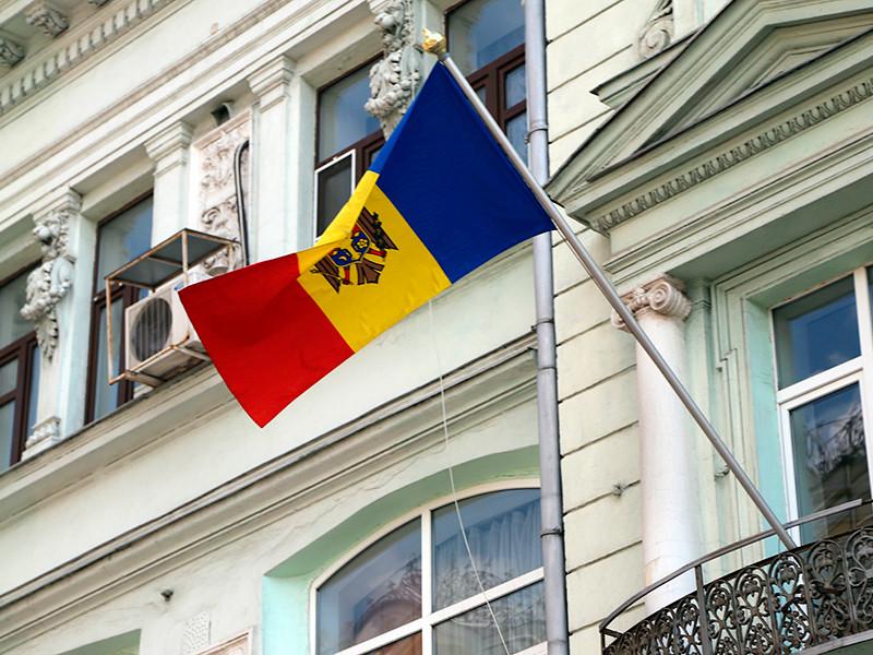 """Молдавия отозвала посла из России, обвинив РФ в """"преследовании и запугивании"""" своих дипломатов"""