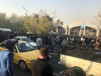 "Власти Ирана грозят протестующим ""железным кулаком"". Telegram блокируют"