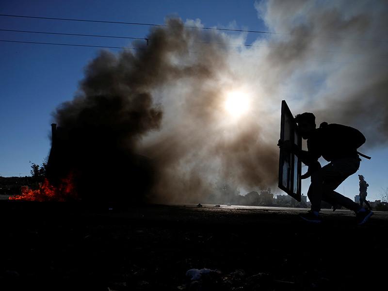 """Иерусалим встречает """"день гнева"""" с  усиленными мерами безопасности - после пятничной молитвы начались задержания протестующих"""
