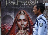 """В Индии цензоры заставили перекроить исторический фильм, прослывший болливудской """"Матильдой"""""""