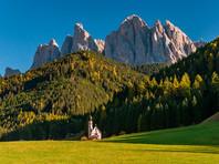 Новые власти Австрии пообещали  паспорта  немецкоязычным итальянцам в Южном Тироле. Политики в Риме против