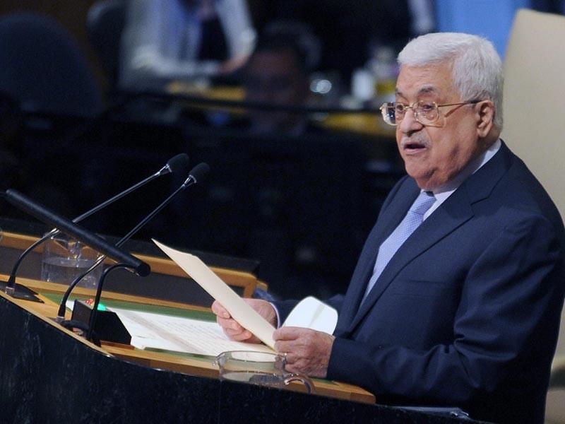 """Решение президента США Дональда Трампа признать Иерусалим столицей Израиля является """"величайшим преступлением"""" и """"подарком сионистскому движению"""". Об этом заявил председатель Палестинской автономии Махмуд Аббас"""