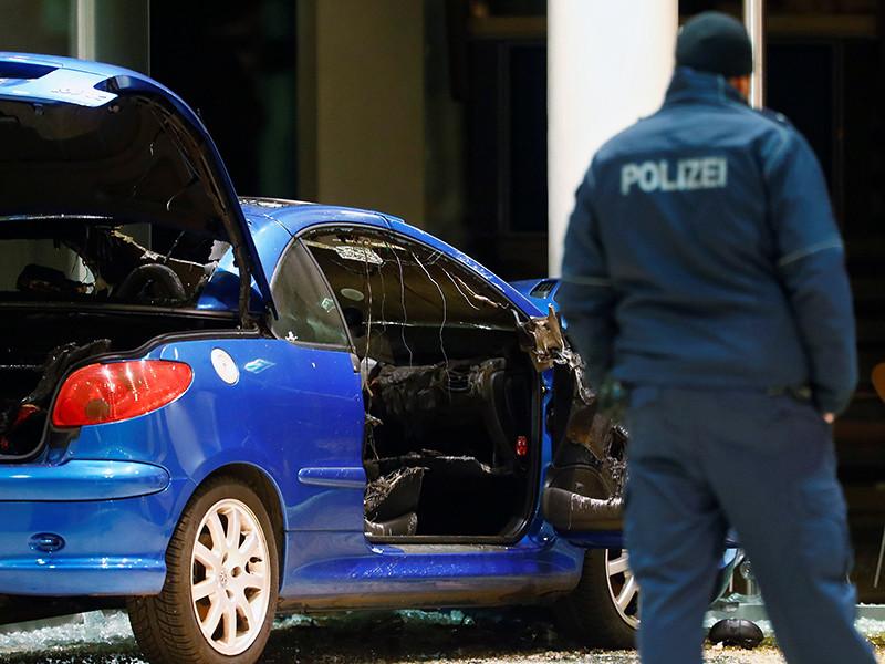 В Берлине автомобиль врезался в здание штаб-квартиры Социал-демократической партии Германии