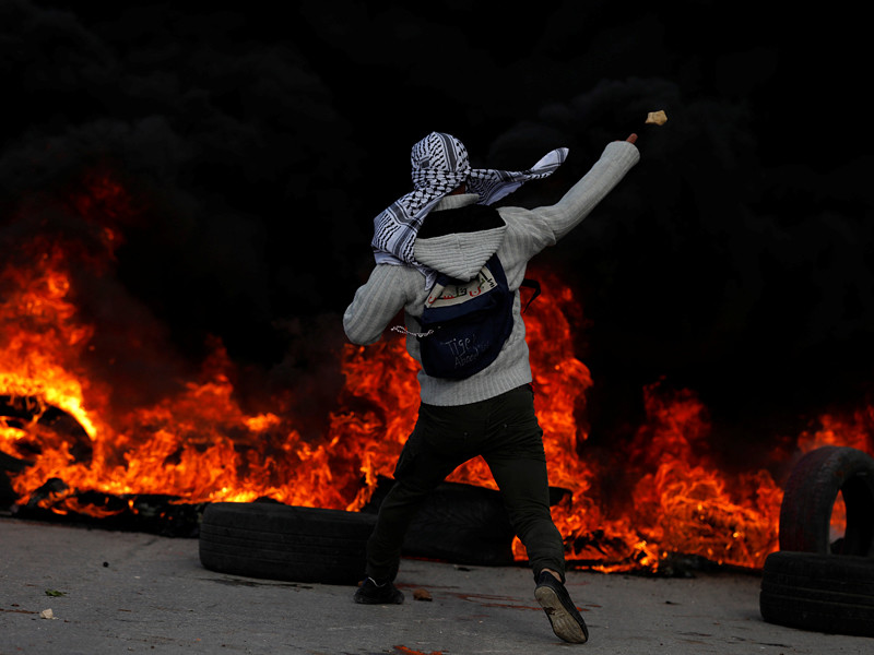 """""""День гнева"""": палестинцы заявили о первом погибшем в беспорядках"""