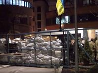 Порошенко заявил о недопустимости давления на СМИ и их блокирования