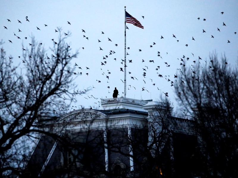 Администрация президента США Дональда Трампа заканчивает работу над новой стратегией национальной безопасности Соединенных Штатов. Ожидается, что документ будет обнародован в ближайшие несколько недель, сообщает  The Wall Street Journal со ссылкой на источники в Белом доме