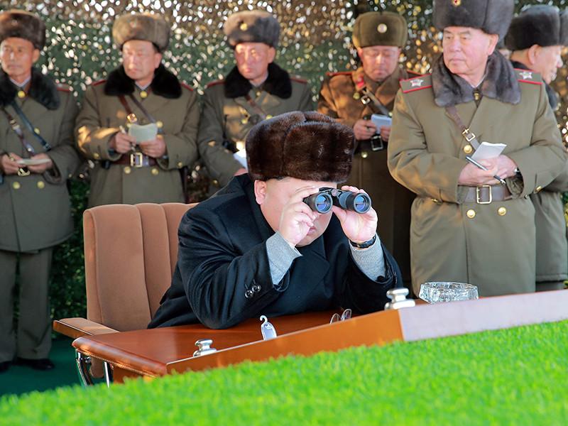 """Масштабные военные учения США и Южной Кореи у северокорейских берегов, а также провокационные заявления со стороны американских чиновников и призывы к """"превентивному удару"""" делают войну на Корейском полуострове неизбежной, полагает МИД КНДР"""