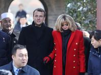Президент Франции преподнес лидеру КНР в подарок коня по кличке Везувий