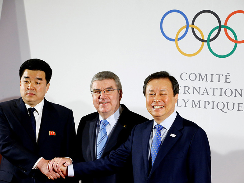 На Олимпиаду поедут 22 атлета из Северной Кореи, объявил глава МОК
