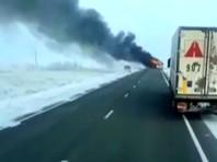 В Казахстане на трассе  сгорел автобус с гражданами Узбекистана: 52 человека погибли на месте