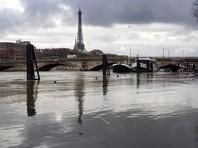 В Париже из-за ливней вновь разлилась Сена, затоплены парки и подземные стоянки